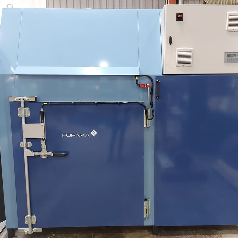 The Fornax Econax 1200, Fornax Econax 3000 and Fornax Econax 6000 ovens are for burn out, burn off and pyrolysis of stators and rotors. They are also applicable for curing and polymerization.